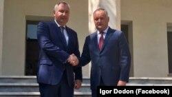 Președintele Igor Dodon cu vicepremierul rus Dmitri Rogozin la Teheran