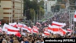 Belarușii au ieșit pentru a opta săptămână în stradă, împotriva lui Alexandr Lukașenko.