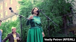 Любовь Якубовская на митинге против реновации, май 2017 года (архивное фото)