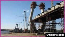 Строительство моста через Каму