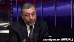 Armenia - Former Foreign Minister Alexander Arzumanian is interviewed by RFE/RL, Yerevan,19Nov2014.