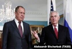 Serghei Lavrov primit de Rex Tillerson