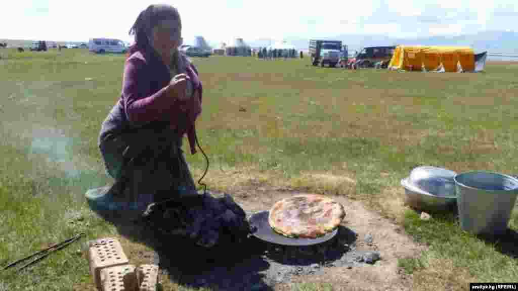 Бийик тоолуу Нарындын Соң-Көл жайлоосу жайкысын туристтер көп келчү жерлердин бири.