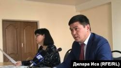 Руководитель департамента комитета по регулированию естественных монополий, защите конкуренции и прав потребителей министерства национальной экономики Казахстана по городу Шымкенту Дархан Каинбердиев. Шымкент, 27 декабря 2018 года.