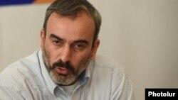 Jirayr Sefilyan Sarkisyanın Qarabağ siyasətini tənqid edir