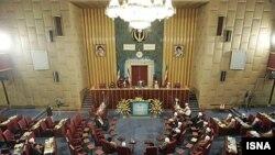 مجلس خبرگان رهبری در بیانیه پایانی خود به بحث نظارت بر رهبری و نهادهای زیر نظر آن ورود نکرده است.