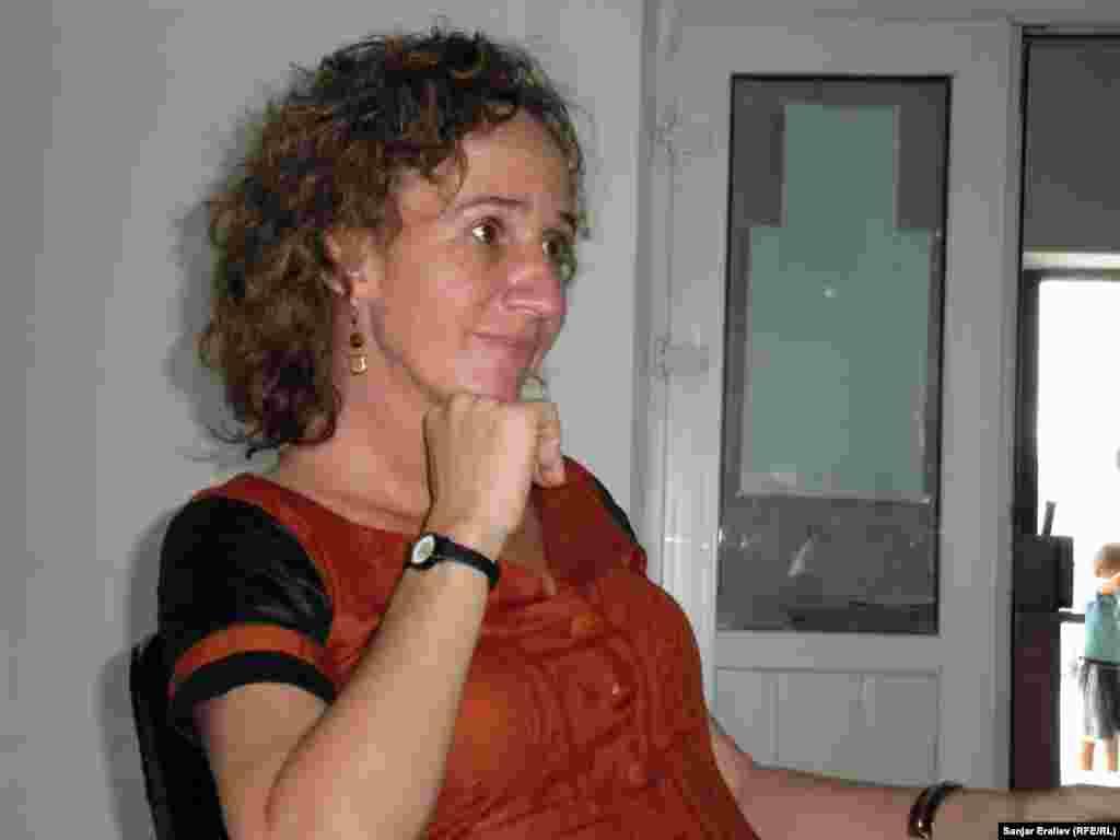 """Лина Слакмулдер, «Search for common ground"""" считает, что процесс примирения в Оше подошел к своему экватору. В деле нахождения компромисса между сторонами делаются значительные шаги."""