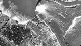 Підірвана в серпні 1941 року за вказівкою з Кремля ДніпроГЕС без попередньої евакуації населення, в результаті чого, за деякими підрахунками, загинули десятки тисяч цивільних людей