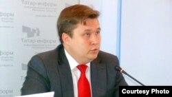 Денис Вәлиев