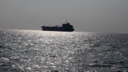 انتقال بیش از یکونیم میلیون بشکه مواد سوختی از ایران به ونزوئلا در حالی انجام میشود که دو کشور مشمول تحریمهای آمریکا هستند؛ عکس از بایگانی