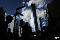 Возведение Башни Свободы в Нью-Йорке