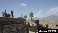 Афганские офицеры пограничной безопасности в восточной провинции Афганистана – Нангархар. 8 сентября 2015 года.