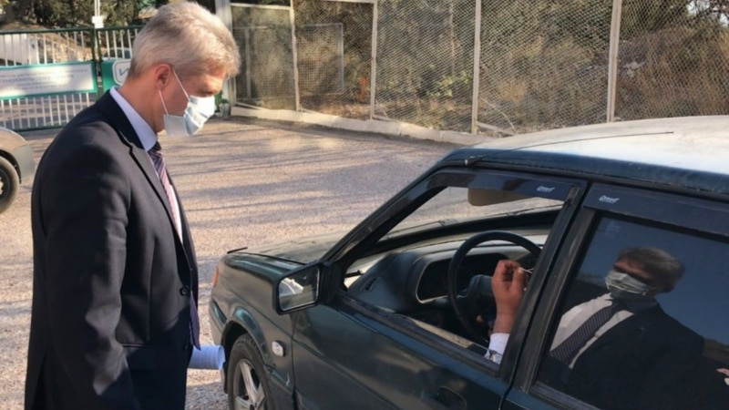 В Севастополе вводят электронные пропуска для тех, кому разрешено идти на работу