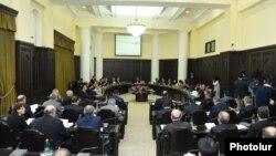 Заседание правительства Армении. 5 мая 2016 года.