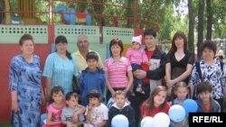 """Өмет"" ансамбле балалары җәйге ял вакытында"