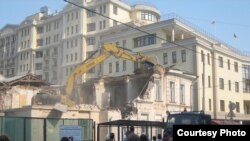 Уничтожение усадьбы Алексеева в центре Москвы
