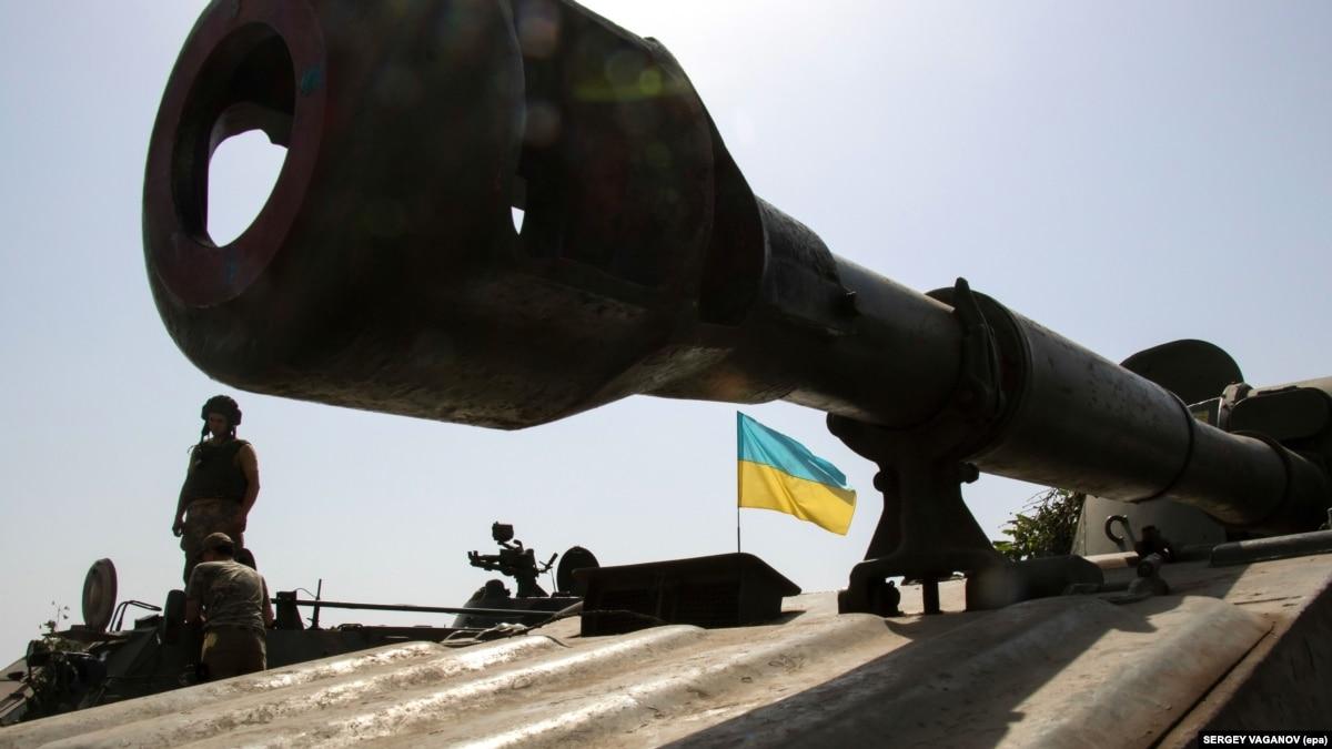 От начала суток боевики дважды открывали огонь на Донбассе в сторону позиций ВСУ – Минобороны