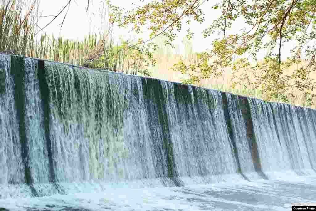 Водопад-перекат Выр