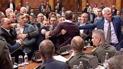 Incident u Skupštini Srbije 27. decembra