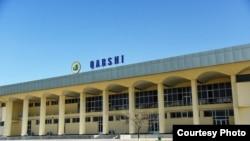 Өзбекстандагы Карши аэропорту.