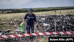 На місці збиття літака, фото 20 липня 2014 року