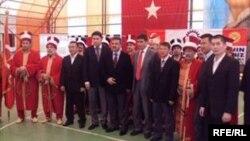 Түркиядагы кыргыз студенттери. (сүрөт качан тартылганы белгисиз.)
