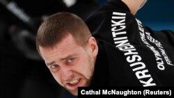 Российский кёрлингист Александр Крушельницкий, выигравший в Пхёнчхане бронзу вместе с супругой Анастасией Брызгаловой в дисциплине дабл-микст (смешанные пары).