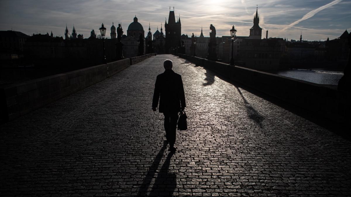 Коронавирус: правительство Чехии выделило отдельное время на закупы для пожилых людей