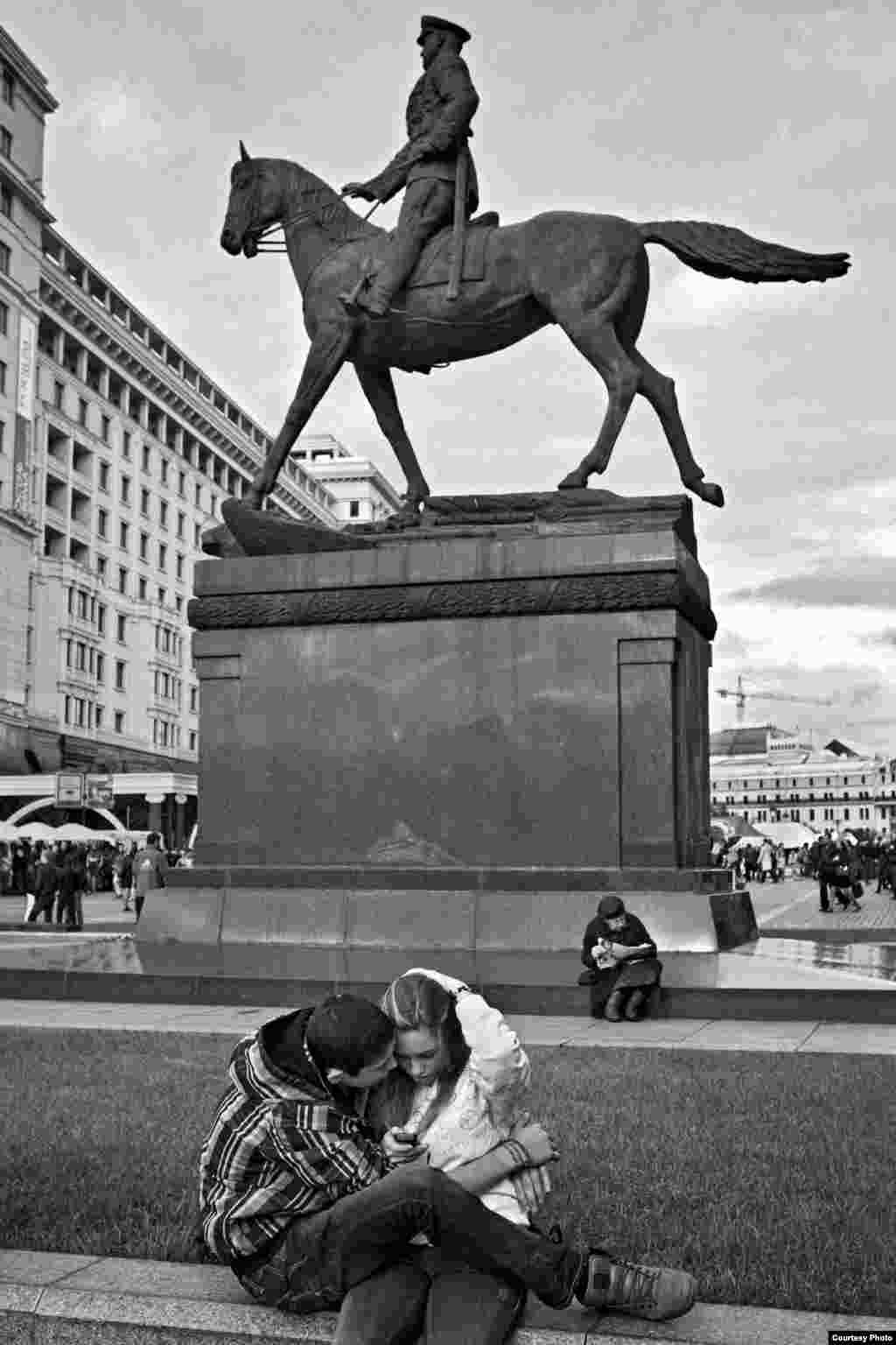 Памятник маршалу Жукову. Москва. 2012 год.