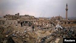 Развалины после разрушения отеля Carlton Citadel Hotel в Алеппо.