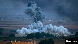 دخان متصاعد من إنفجار في كوباني