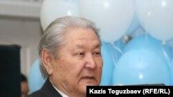 Серикболсын Абдильдин, бывший руководитель Коммунистической партии Казахстана.