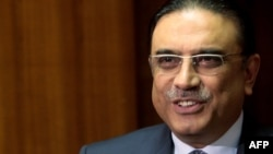 Barack Obama reportedly sent a letter to President Asif Ali Zardari saying he expects the Pakistani leader to rally political and national security institutions in a united campaign against extremists.