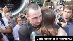 Режисьорът Олег Сенцов беше сред разменените днес украински граждани.