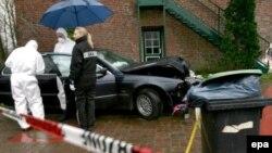Круги расходятся все шире. Германская полиция изучает автомобиль, в котором передвигался по Гамбургу Дмитрий Ковтун