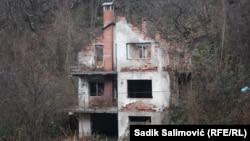 Srebrenica, kuća koja čeka na obnovu