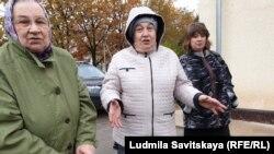 Жители дома в Печорах