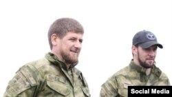 Глава Чечни Рамзан Кадыров и его помощник Даниил Мартынов