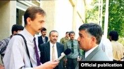 Интервью с лидером ДПТ Махмадрузи Искандаровым. Конец 1990-х годов, Душанбе