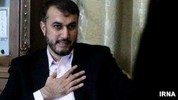 İran xarici işlər nazirinin müavini Hossein Amir Abdollahian.