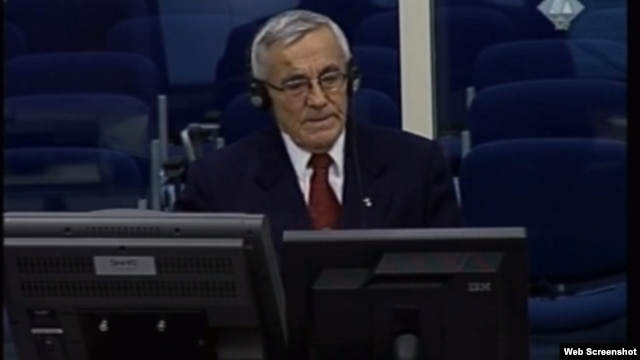 Netherlands - Ratimir Maksimović, witness at the trial to former leader of Bosnian Serbs Radovan Karadzic, 17Dec2012