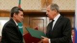 Türkmenistanyň daşary işler ministri Reşit Meredow rus kärdeşi Sergev Lawrow bilen. Arhiw suraty.