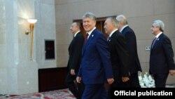 КМШ өлкөлөрүнүн айрым башчылары Бишкектеги саммитте, 16-сентябрь, 2016-жыл.