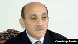 заместитель исполнительного секретаря правящей партии Азербайджана «Ени Азербайджан» Мубариз Гурбанлы.