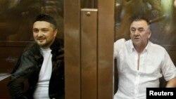 Рөстәм Мәхмүтов (с) һәм Лом-Али Гайтукаев