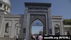 Плоштадот во Ташкент,Узбекистан