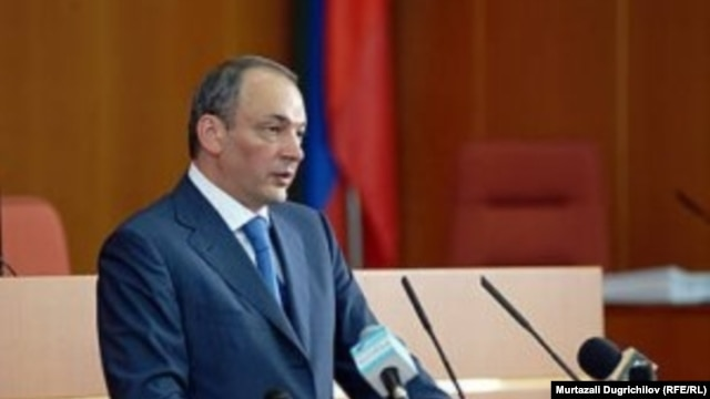 Daghestan's President Magomedsalam Magomedov addresses parliament in June.