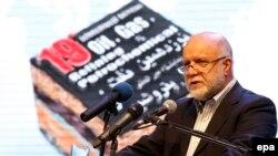 افتتاحیه نمایشگاه بینالمللی نفت و گاز ایران با سخنرانی بیژن نامدار زنگنه وزیر نفت.
