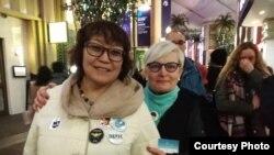 Нада Кребцова казакстандык Гүлжамал менен Лондондо.