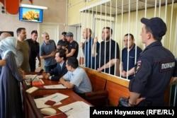 Обвинувачені у «справі «Хізб ут-Тахрір» в Київському суді Сімферополя